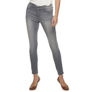 Juicy Couture Midrise Skinny Jeans.  NWT